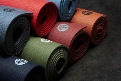 manduka yoga matte