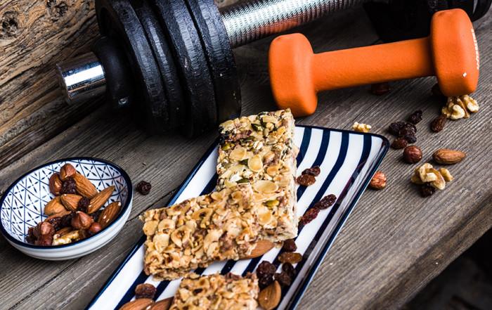 Gewichte-und-Müsliriegel