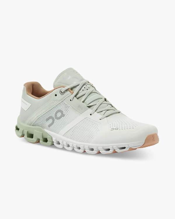 ON Running Cloudflow Aloe White - seitlich